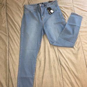 Fashion Nova Skinny High-Waisted Jeans
